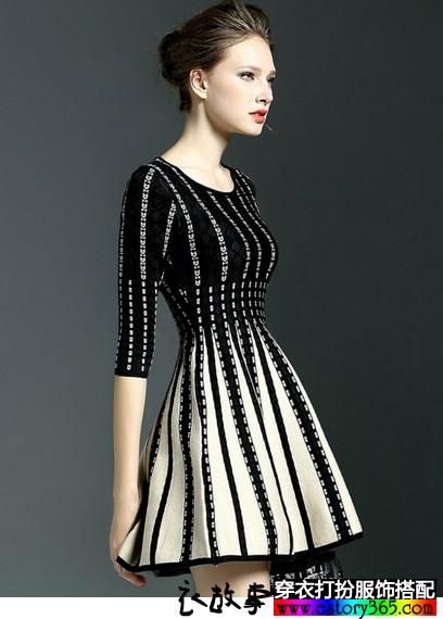 撞色针织连衣裙