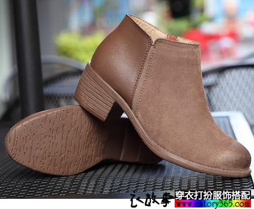 粗跟磨砂皮踝靴