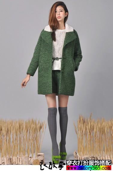 墨绿色原创毛呢外套