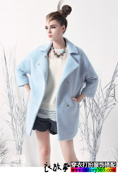 翻领茧型羊毛大衣