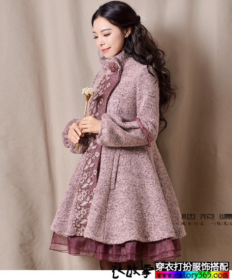 甜美灯笼袖刺绣大衣