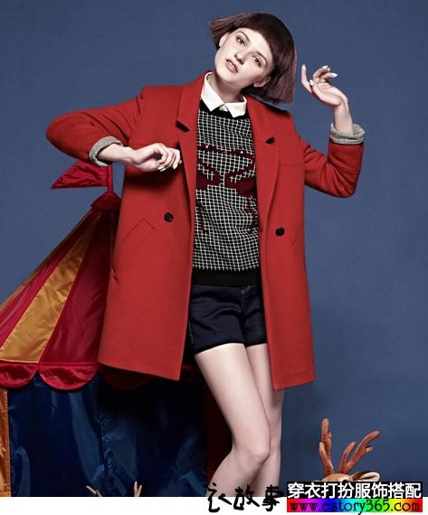 翻领红色羊毛呢子大衣