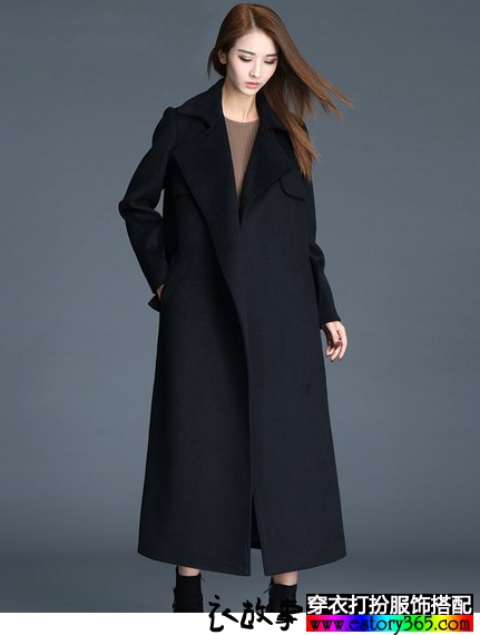 翻领长款毛呢大衣
