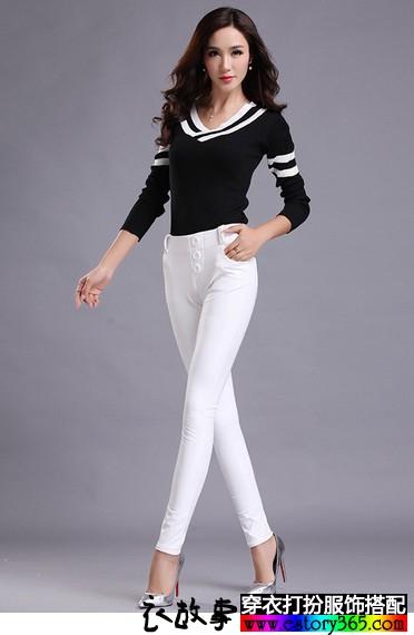 白色PU皮外穿长裤
