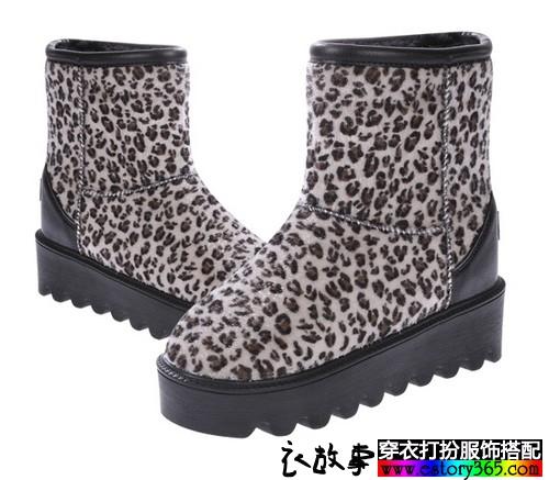 高跟豹纹雪地靴