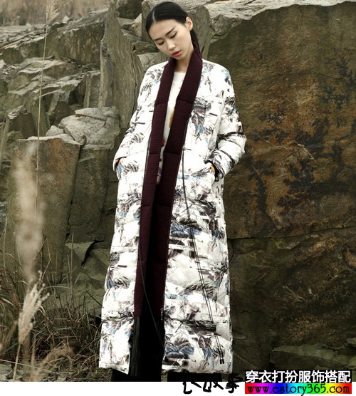 中国风印花羽绒服