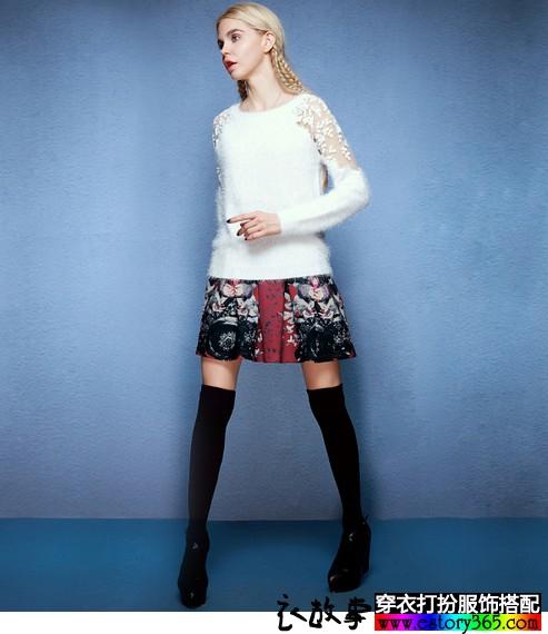 甜美蕾丝拼接纱线毛衣