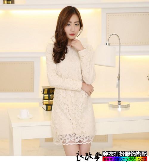 韩版修身蕾丝连衣裙搭配