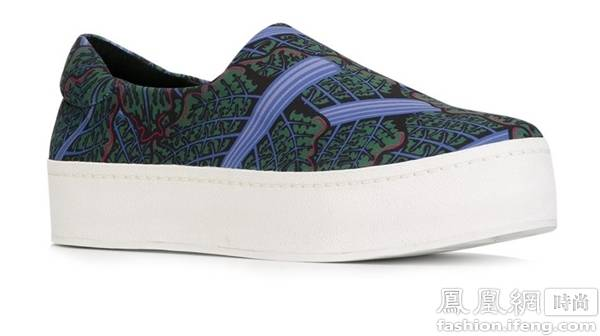明星示范:向李宇春周冬雨学习穿鞋 来看看这三款厚底鞋!