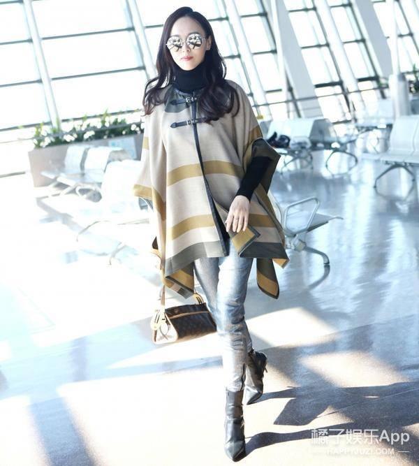 唐嫣新一年穿衣搭配街拍 唐嫣2016年机场街拍
