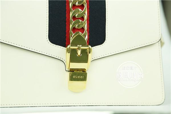 实测Gucci Sylvie手袋 连肩带都这么美难怪卖断货