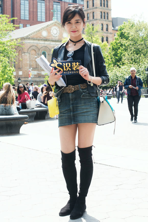 全球GO|纽约的时髦妹子们还是最爱万能黑白配