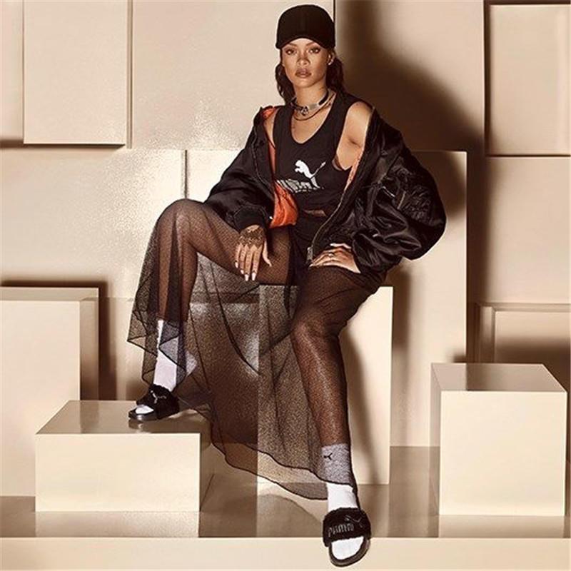 Rihanna X Puma 联名拖鞋出灰色新款啦!