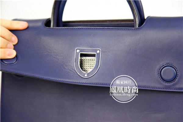 实测Diorever手提包 一只细节做得足够精致的贵妇包