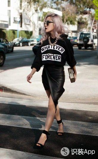 T恤胸前的印花无需太复杂 一个Slogan即可让你潮起来