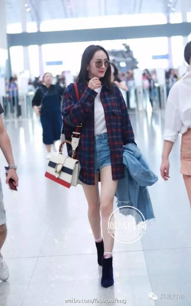 杨幂穿条裤子这么多人围观?因为她的裤子比腿更好看
