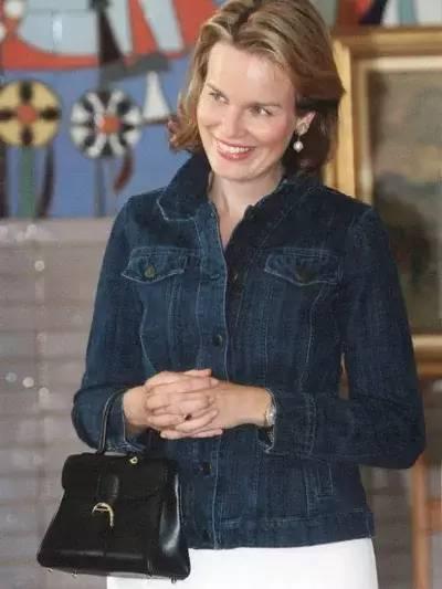 唐嫣Jessica竟跟肯尼迪夫人撞包了 包界祖奶奶就是它